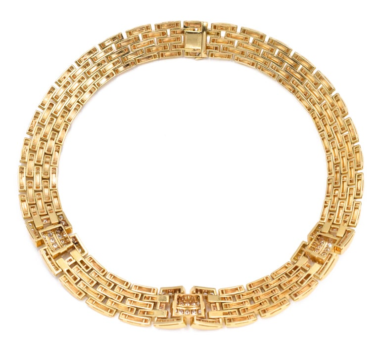Round Cut Cartier Diamond Panthere Maillon Necklace For Sale
