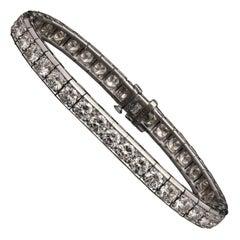 Cartier, Diamond & Platinum Line Bracelet est.10cts circa 1950's