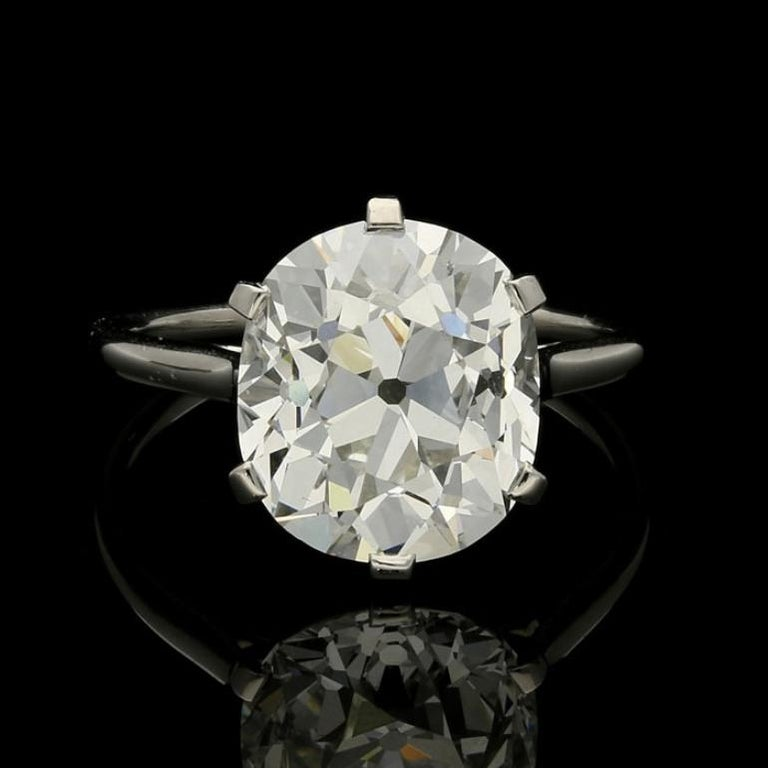 Cartier Diamond Solitaire Ring with a 6.06 Carat Old Mine Brilliant Cut Diamonds 4