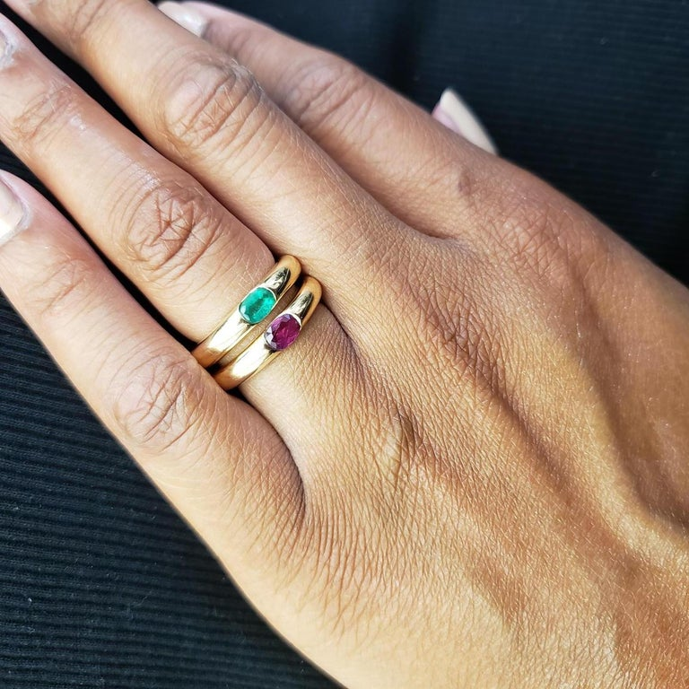 Cartier 'Ellipse' Gold and Emerald Ring For Sale 1