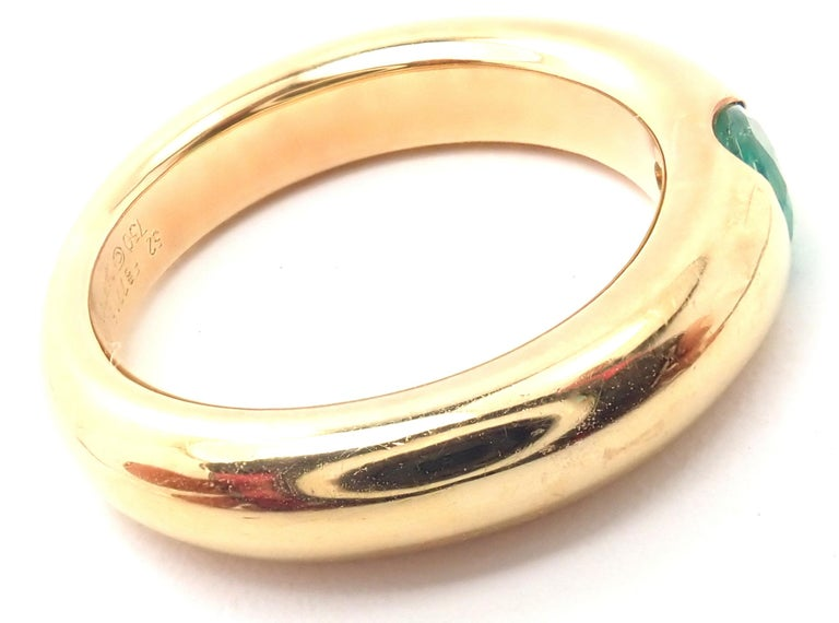 Cartier Emerald Ellipse Yellow Gold Band Ring In Excellent Condition For Sale In Holland, PA