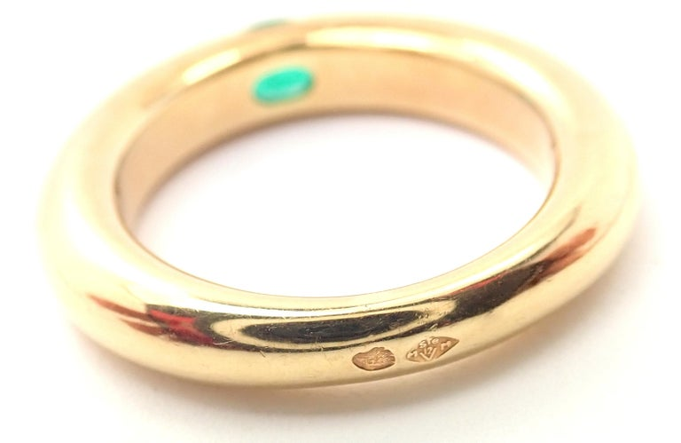 Women's or Men's Cartier Emerald Ellipse Yellow Gold Band Ring For Sale