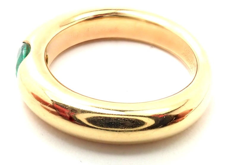 Cartier Emerald Ellipse Yellow Gold Band Ring For Sale 2