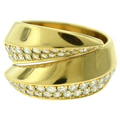 Cartier Estate Double Swirl Round Diamond 18 Karat Yellow Gold Ring