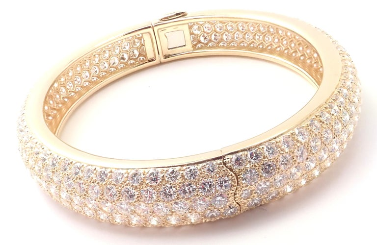 Cartier Etincelle Diamond Pave Yellow Gold Bangle Bracelet In Excellent Condition For Sale In Holland, PA