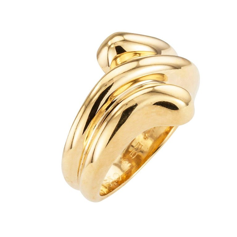 Cartier fluted yellow gold ring circa 1990.  Love it because it caught your eye, and we are here to connect you with beautiful and affordable jewelry.  Celebrate Yourself!  Simple and concise information you want to know is listed below.  Contact us