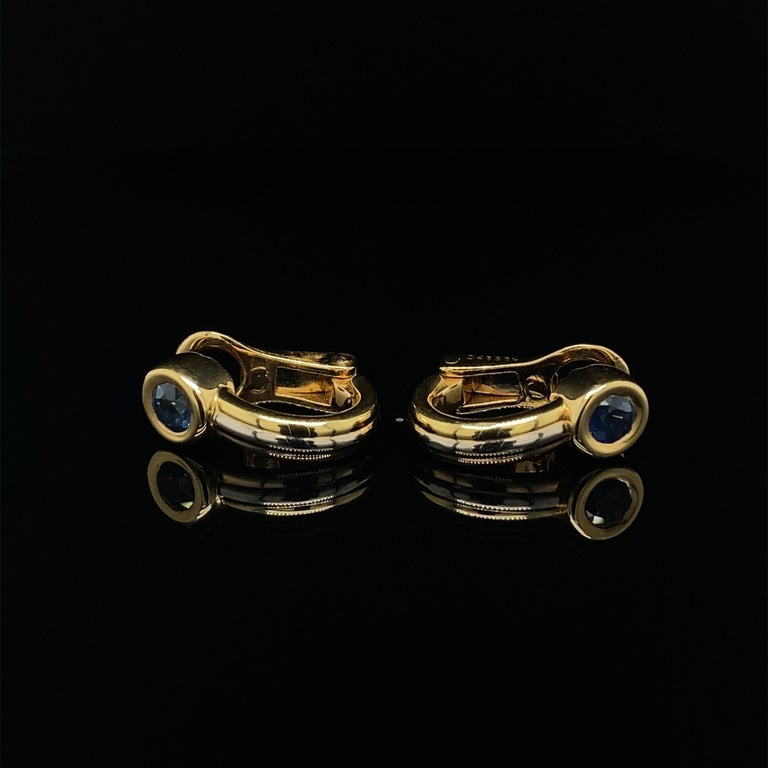 Round Cut Cartier Forgorra Vintage Trinity Sapphire 18 Karat Tri-Gold Earrings For Sale