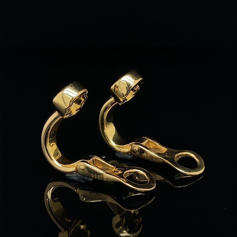 Cartier Forgorra Vintage Trinity Sapphire 18 Karat Tri-Gold Earrings In Good Condition For Sale In London, GB