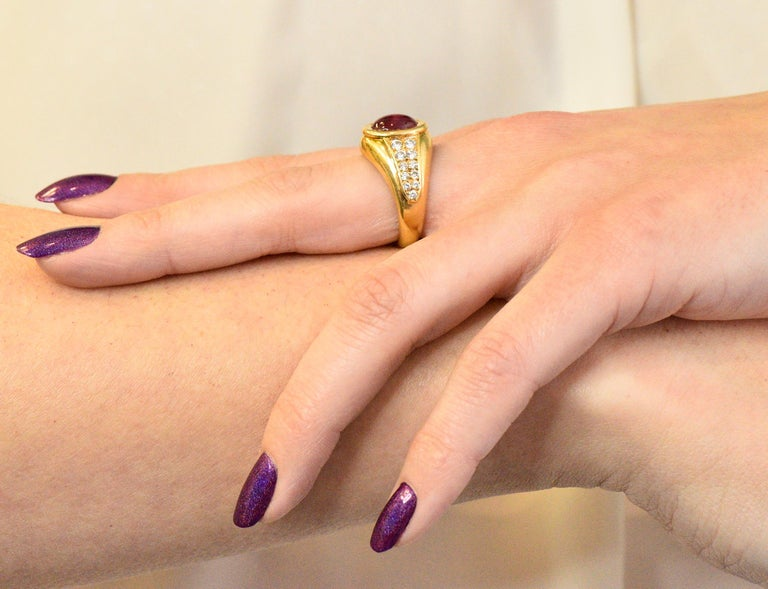 Cartier French 3.40 Carat Ruby Diamond 18 Karat Yellow Gold Ring For Sale 4