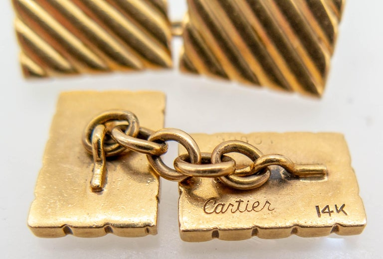 Cartier Gold Cufflinks In Good Condition For Sale In New York, NY