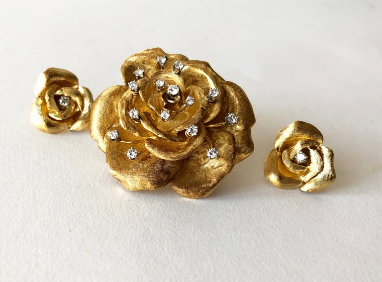 Cartier Gold Diamond Rose Flower Brooch and Earrings Set In Good Condition For Sale In Los Angeles, CA