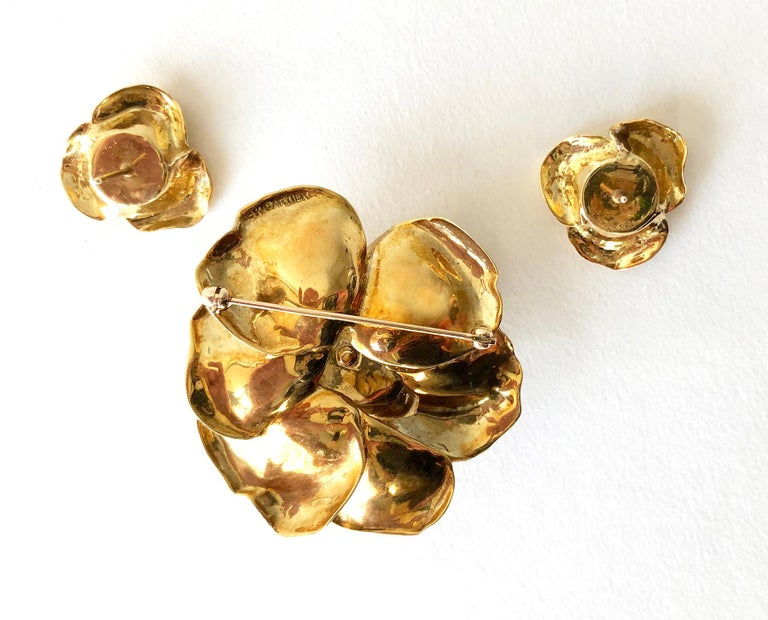 Cartier Gold Diamond Rose Flower Brooch and Earrings Set For Sale 1