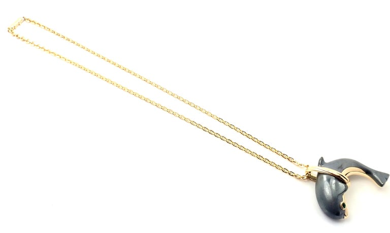Cartier Hematite Dolphin Yellow Gold Pendant Link Necklace For Sale 4