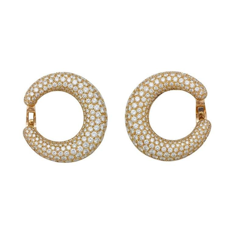 Round Cut Cartier Hoop Earrings, Yellow Gold Set with Diamonds For Sale