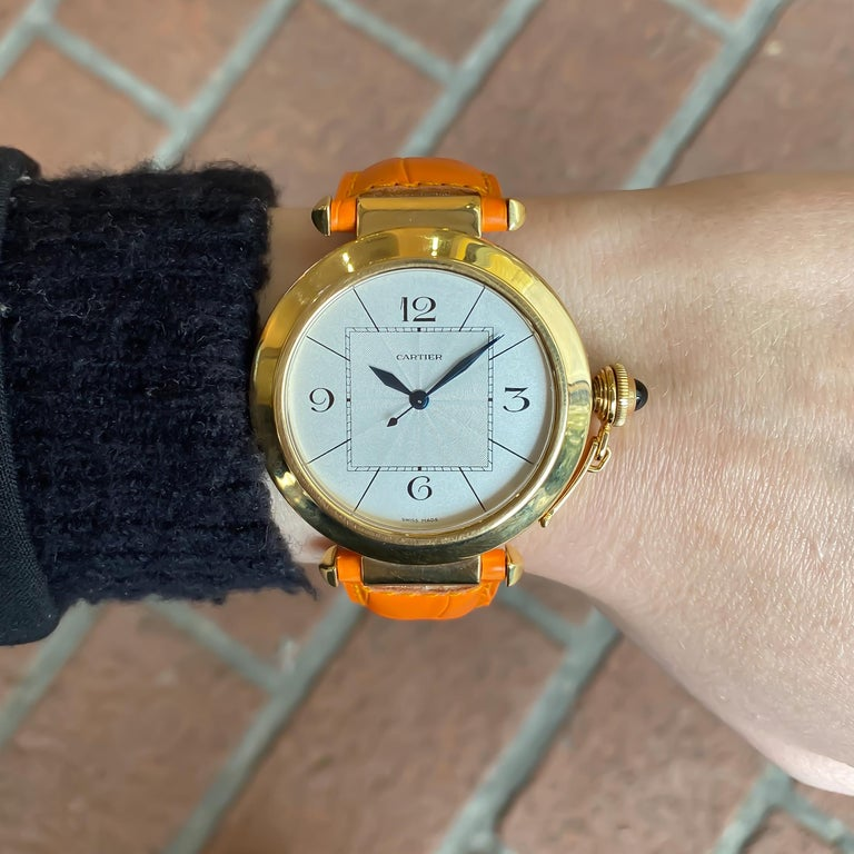 Cartier Large Pasha Automatic 18 Karat Yellow Gold Watch For Sale 1
