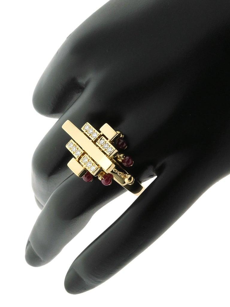 Round Cut Cartier Le Baiser Du Dragon Diamond Gold Ring For Sale