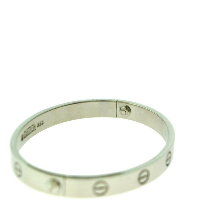 Cartier Love Bracelet Bangle in 18 Karat White Gold In Good Condition For Sale In Miami, FL