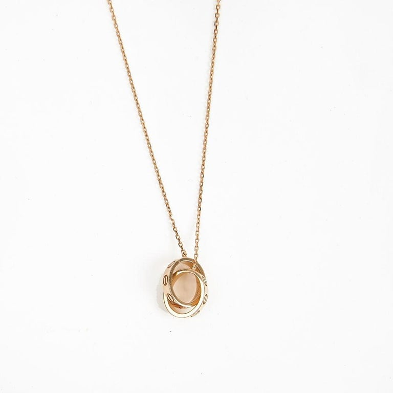 Contemporary Cartier Love Necklace in 18k Pink Gold Metal For Sale