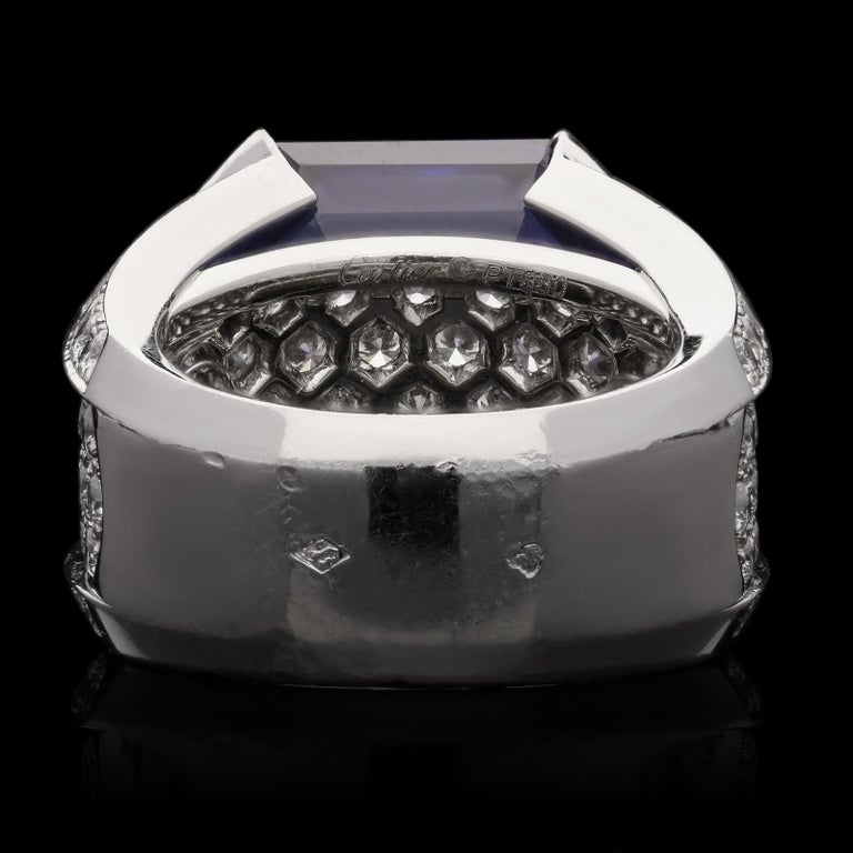 Women's or Men's Cartier Magnificent 27carat Sapphire and Diamond Ring For Sale