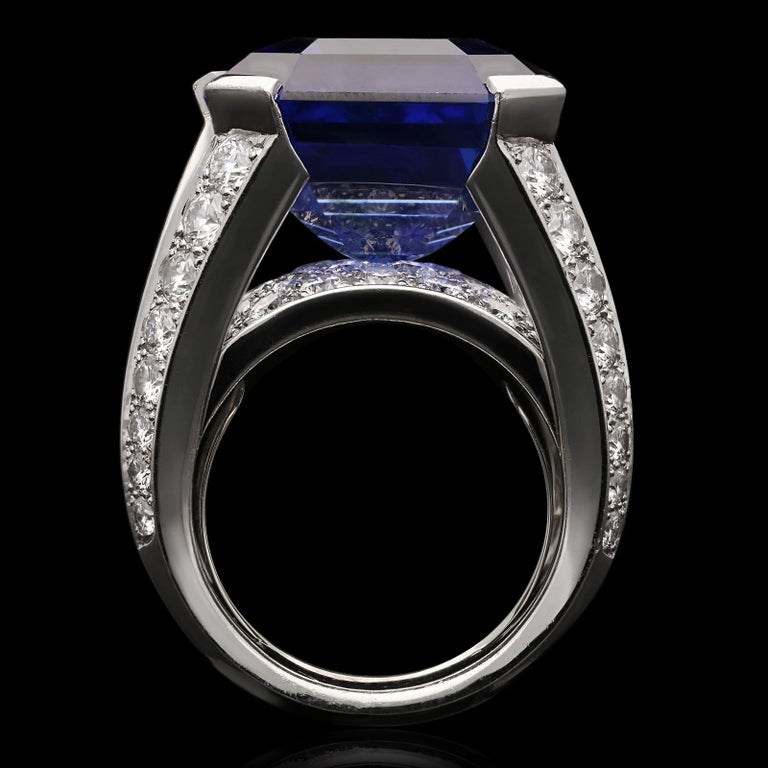 Cartier Magnificent 27carat Sapphire and Diamond Ring For Sale 2