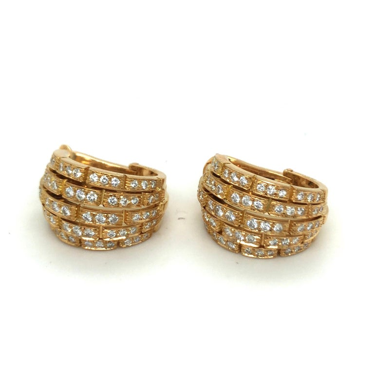Modern Cartier Maillon Panthère 18 Karat Yellow Gold and Diamond Earrings, 1999 For Sale