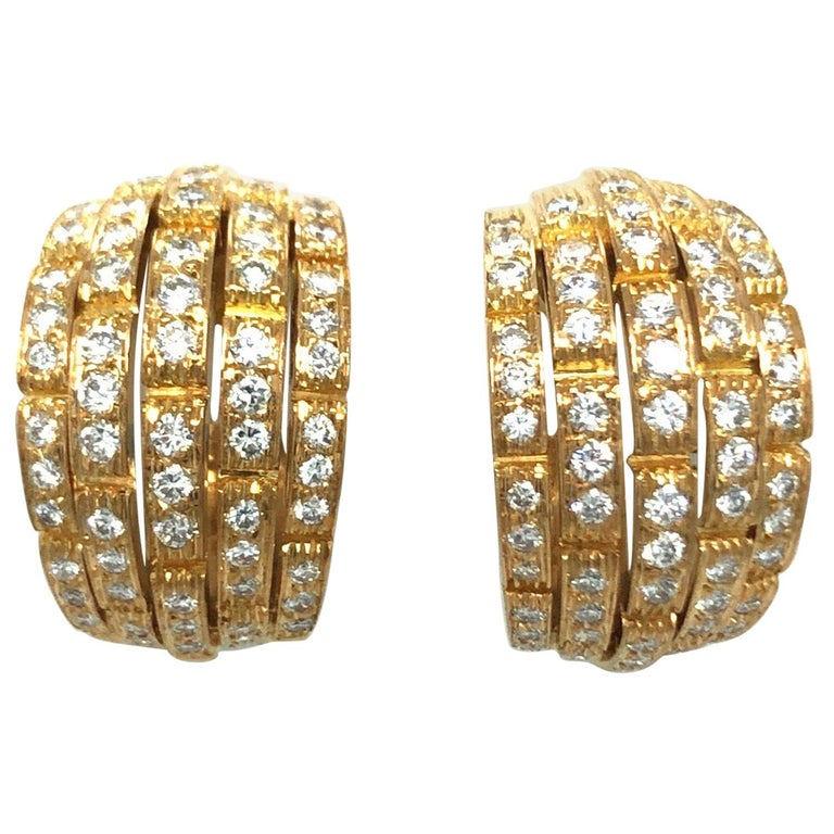 Cartier Maillon Panthère 18 Karat Yellow Gold and Diamond Earrings, 1999 For Sale