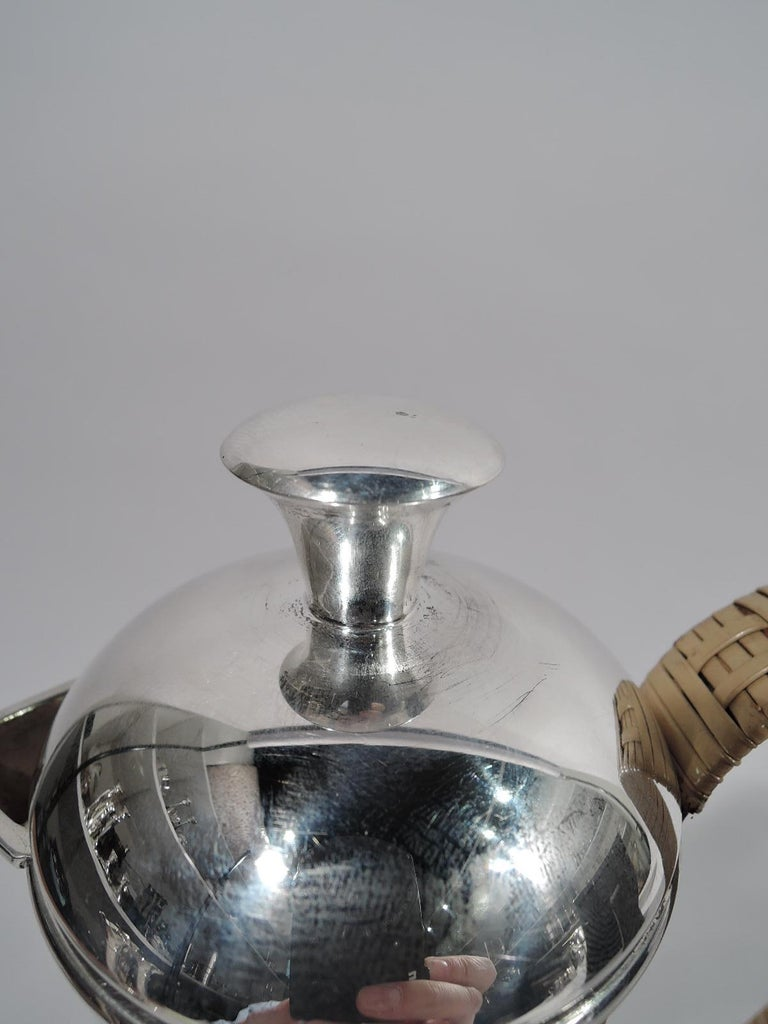 Cartier Mid-Century Modern Sterling Silver Martini Pitcher In Excellent Condition For Sale In New York, NY