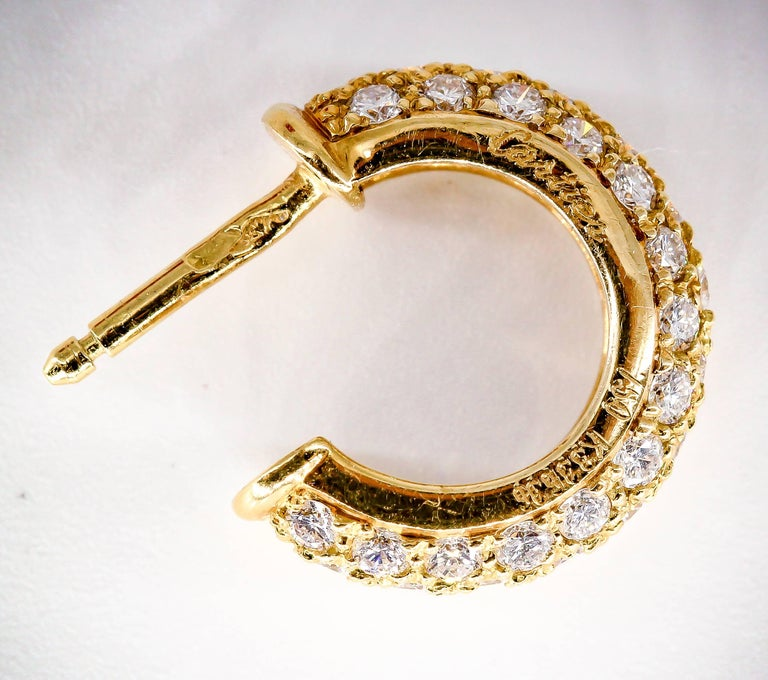 Cartier Mimi Diamond Gold Huggie Earrings In Excellent Condition For Sale In New York, NY