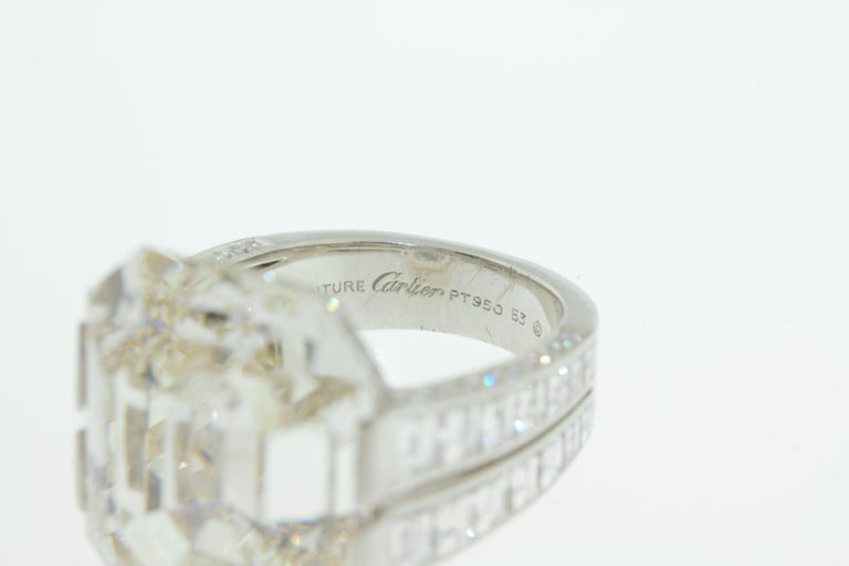 Cartier Monture 30.03 Carat GIA Certified Emerald Cut Diamond Engagement Ring For Sale 2