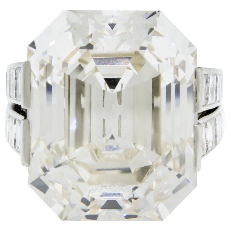 Cartier Monture 30.03 Carat GIA Certified Emerald Cut Diamond Engagement Ring For Sale