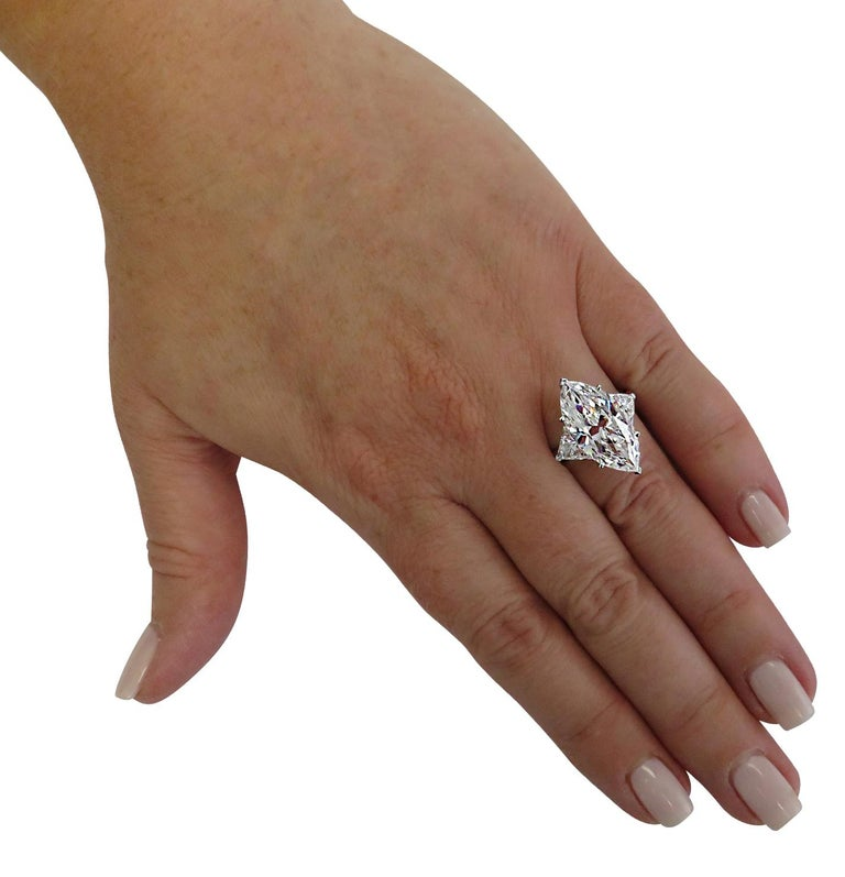 Cartier Monture GIA Certified 7.48 Carat Type IIa Marquise Cut Diamond Ring For Sale 4