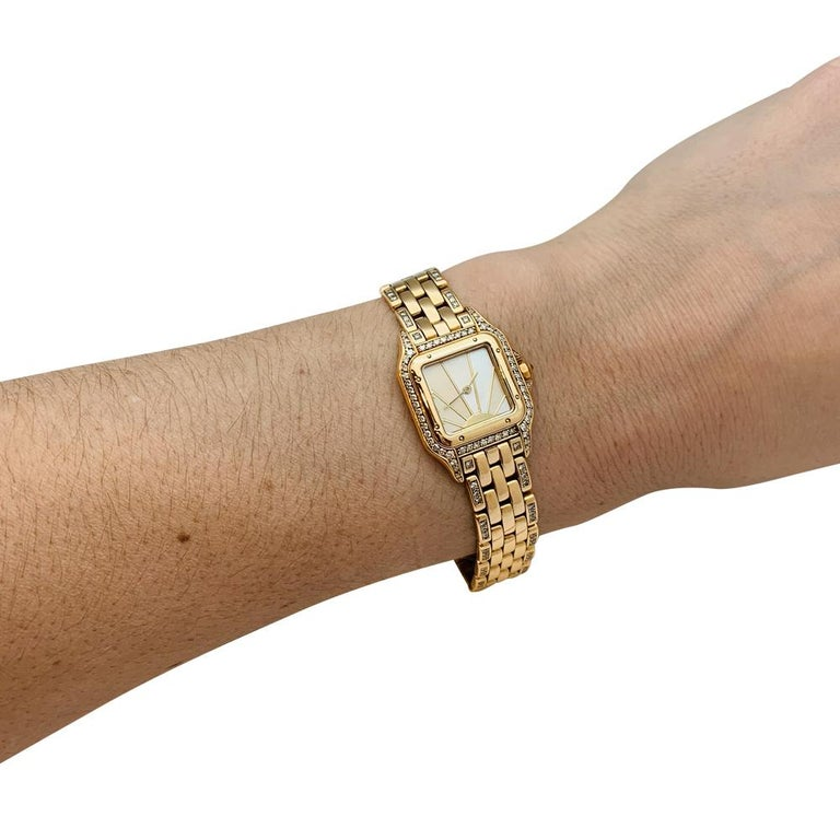 Women's or Men's Cartier Panther Ladies 18 Karat Yellow Gold Watch Set with Diamonds For Sale