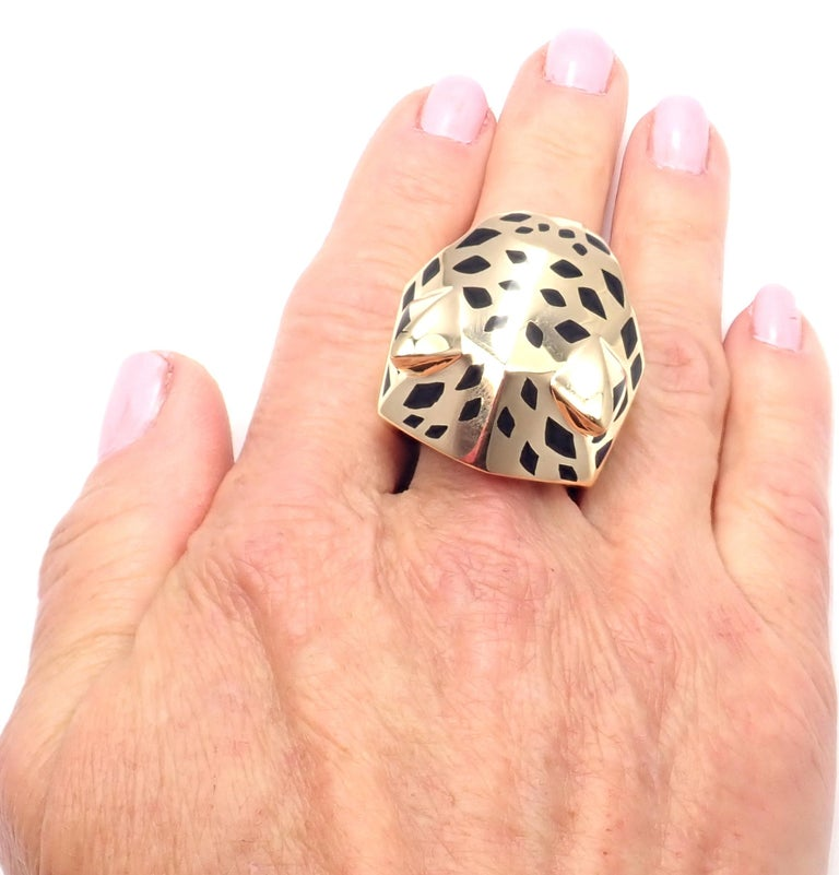 Cartier Panther Panthere Peridot Onyx Lacquer Yellow Gold Large Ring For Sale 4