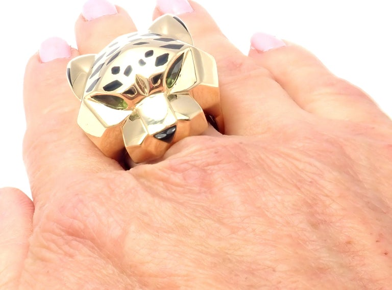 Cartier Panther Panthere Peridot Onyx Lacquer Yellow Gold Large Ring For Sale 5