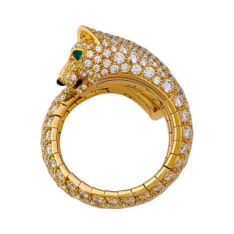 Cartier Panther Ring, Diamonds, Emeralds and Onyx In Excellent Condition For Sale In Paris, IDF