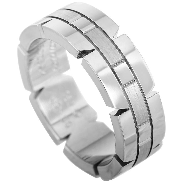 Cartier Panthère 18 Karat White Gold Band Ring For Sale