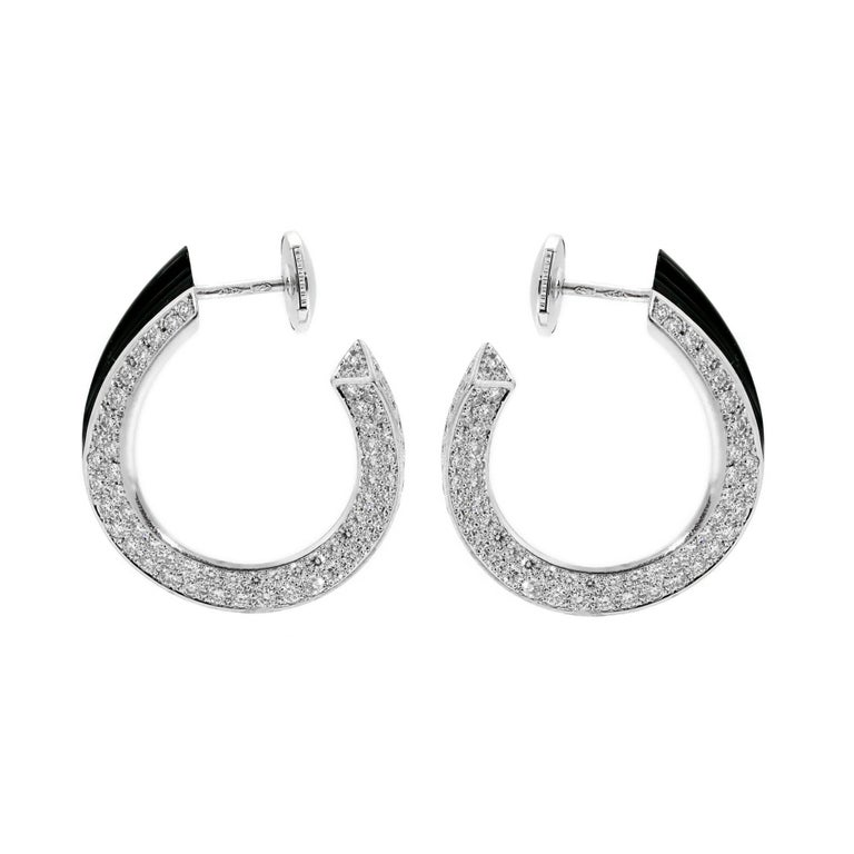 Cartier Panthere Diamond Onyx Gold Earrings In Excellent Condition For Sale In Feasterville, PA