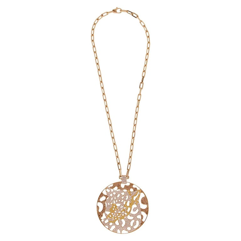 Round Cut Cartier Panthere Openwork Limited Edition Gold Necklace For Sale
