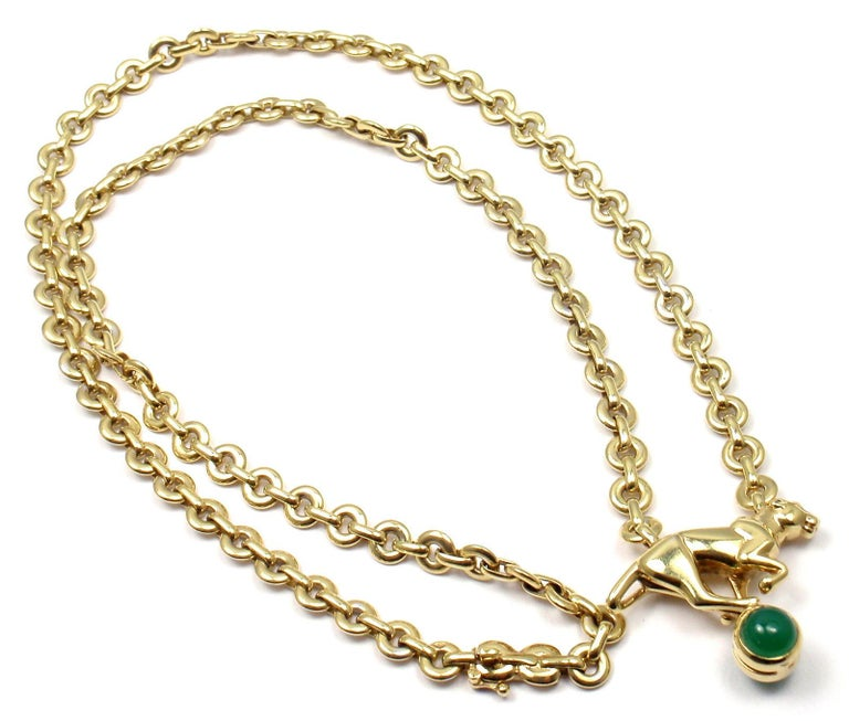 Cartier Panthere Panther Green Chalcedony Yellow Gold Necklace In Excellent Condition For Sale In Holland, PA