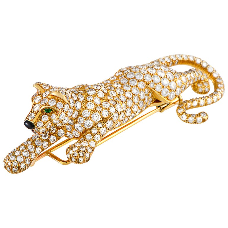Cartier Panthère Vintage 18 Karat Gold, 8.00 Carat Diamond Onyx & Emerald Brooch For Sale