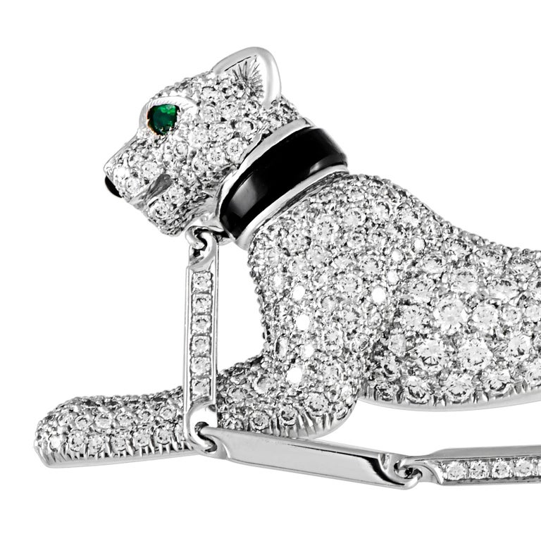 Round Cut Cartier Panthère Vintage 18 Karat White Gold Diamond, Onyx and Emerald Brooch For Sale