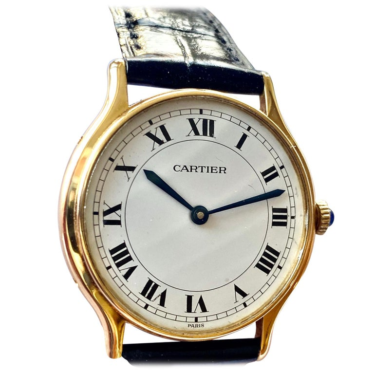 Cartier Paris, 18 Karat Gold, Model: Ronde, Handwinding Movement, circa 1975 For Sale