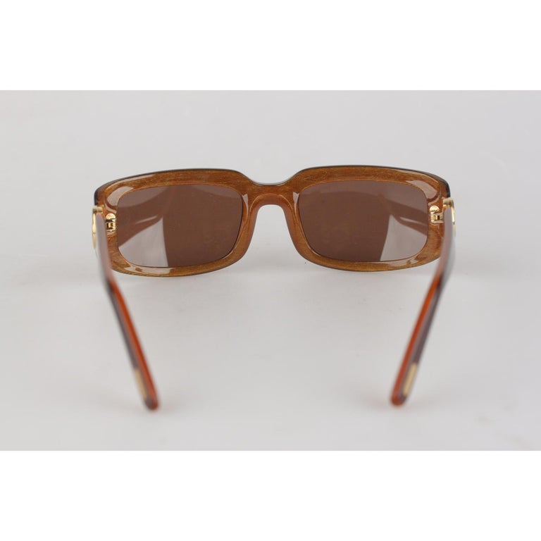 Women's or Men's Cartier Paris Brown Women Small Sunglasses T8200319 New Old Stock For Sale