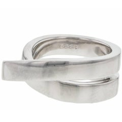 Cartier Paris Nouvelle Vague Crossover 18 Karat White Gold Women's Ring