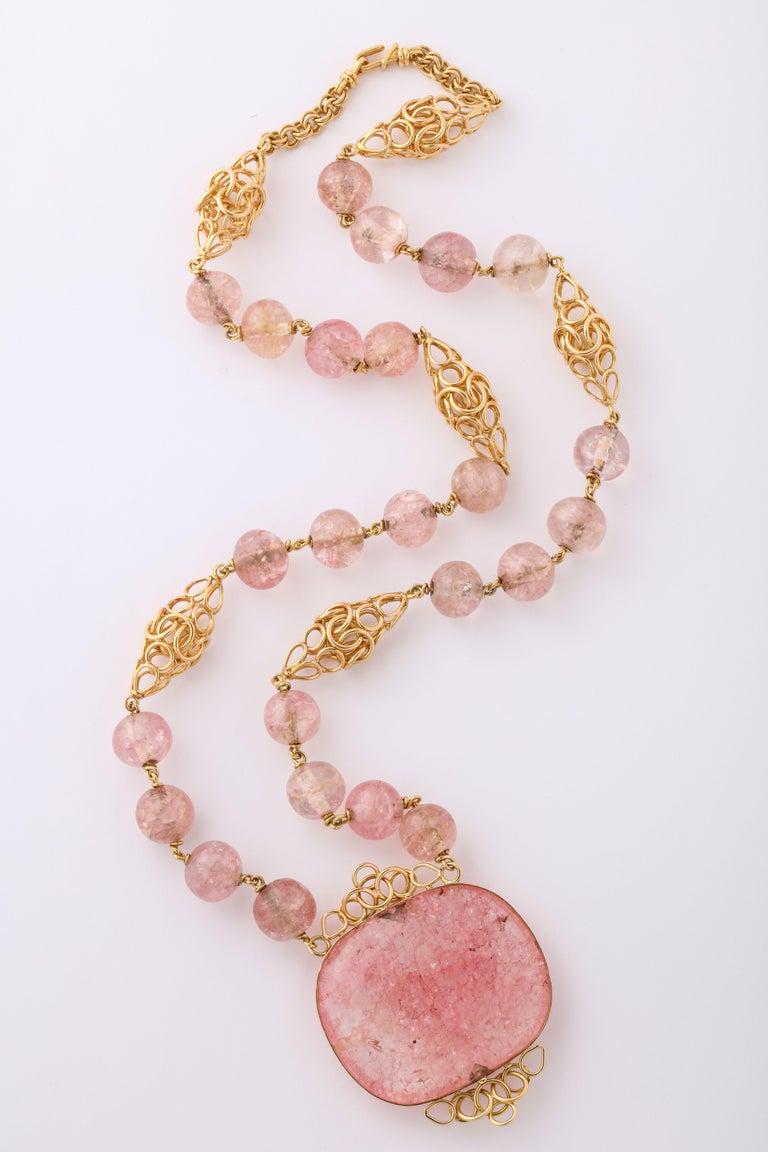 Women's Cartier Paris Rose Quartz Yellow Gold Handmade Necklace For Sale