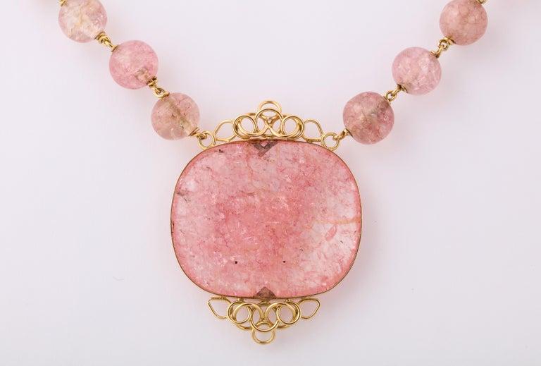 Cartier Paris Rose Quartz Yellow Gold Handmade Necklace For Sale 3