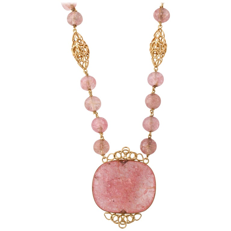 Cartier Paris Rose Quartz Yellow Gold Handmade Necklace For Sale