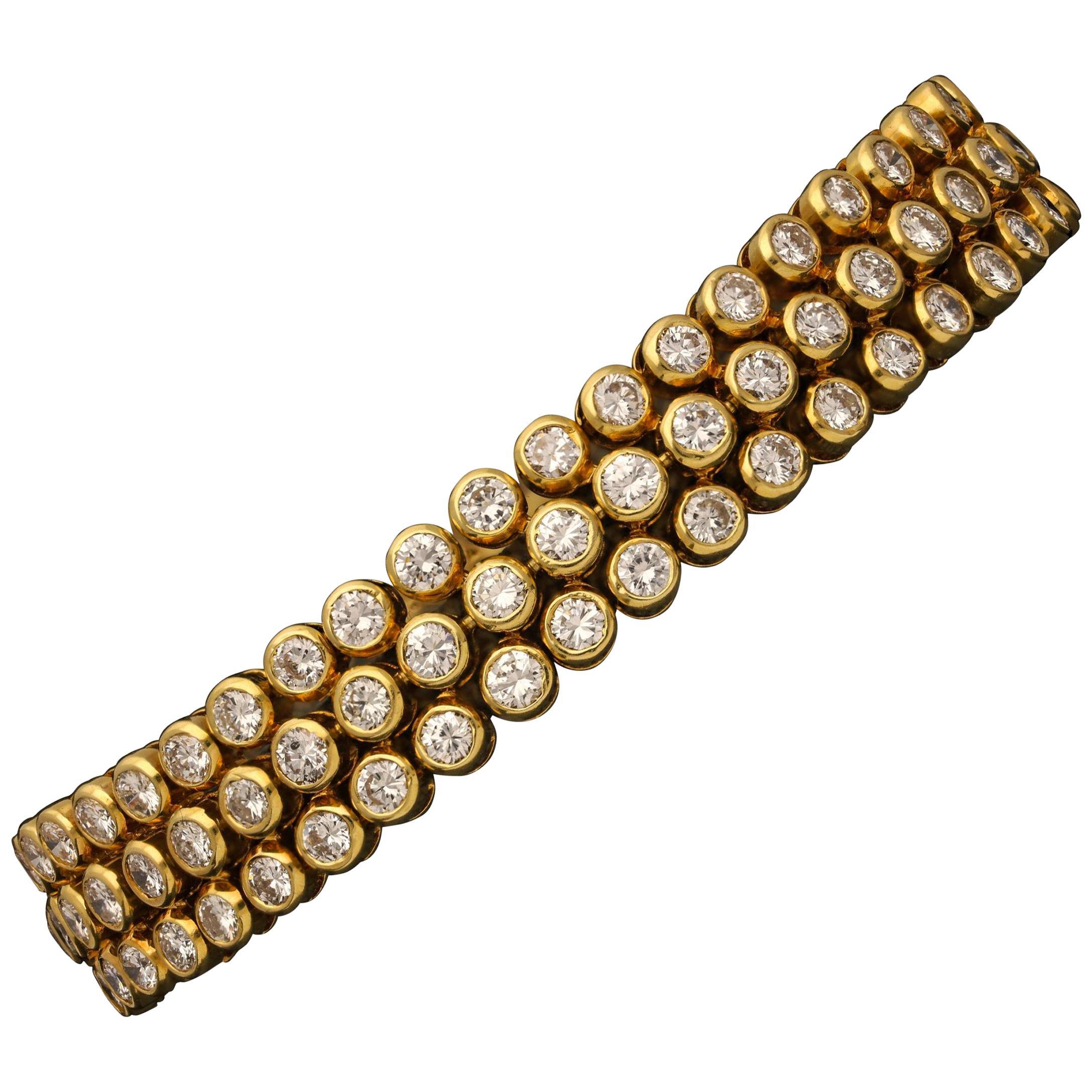 Cartier Paris, Ultra Flexible 18 Carat Gold Diamond Bracelet, circa 1970s