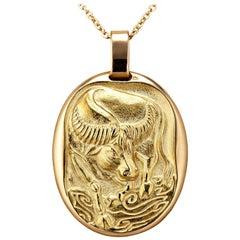 Cartier Paris Vintage Taurus Zodiac Gold Pendant Charm