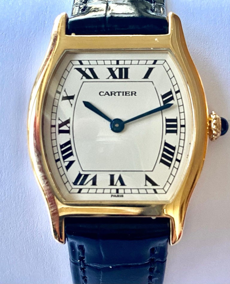 Women's or Men's Cartier Paris Yellow Gold Watch, Model: TORTUE, Handwinding 1975 Model Nr 96069 For Sale